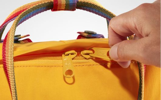 kanken-rainbow-backpack-details